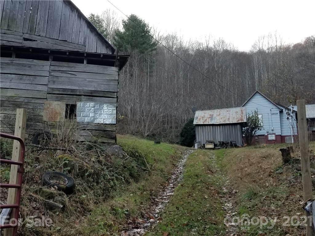 141 Roaring Fork Road - Photo 1