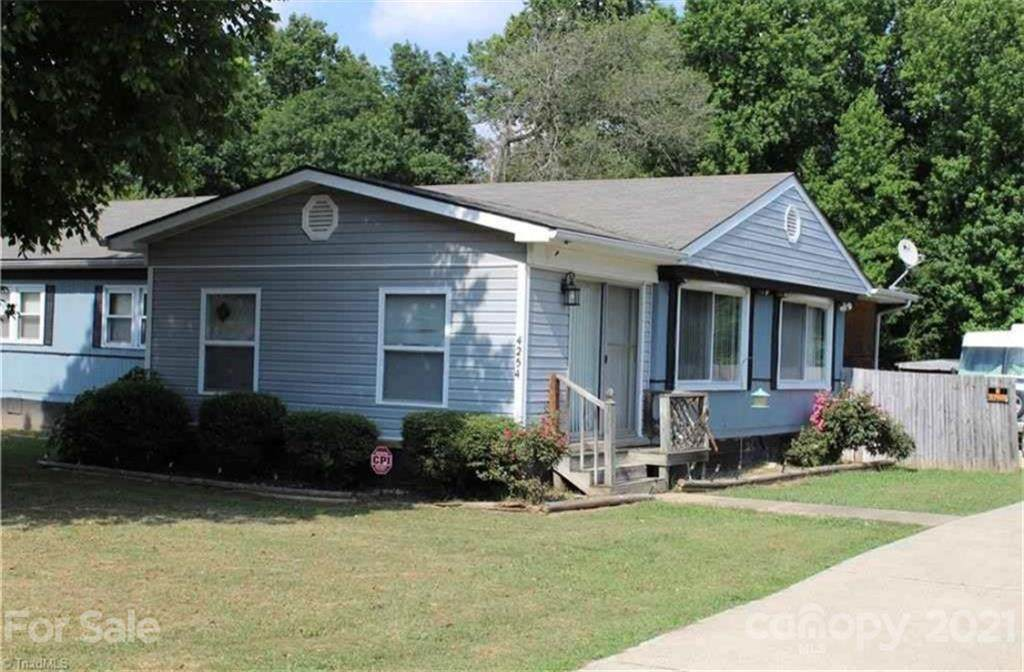 4254 Wedgewood Terrace - Photo 1
