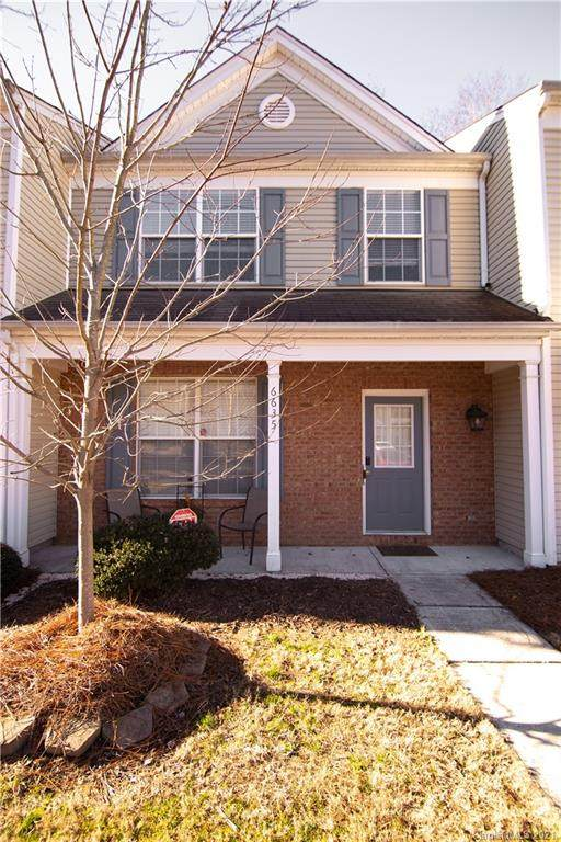 6635 Rothchild Drive, Charlotte, NC 28270 (#3700025) :: MartinGroup Properties