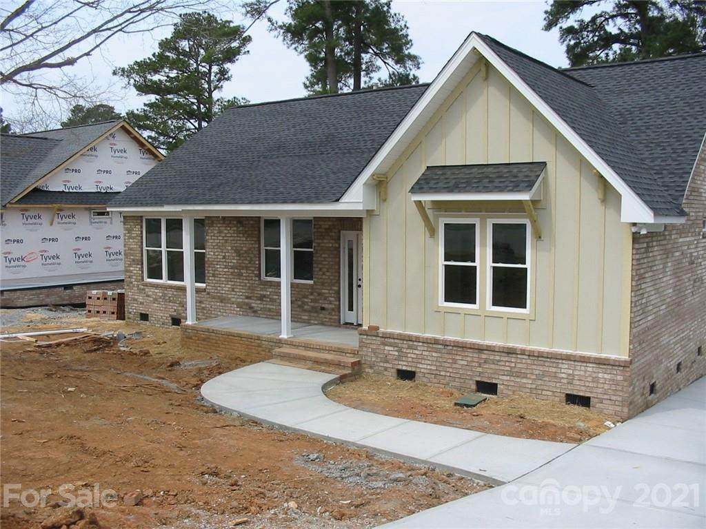860 Cherry Road - Photo 1
