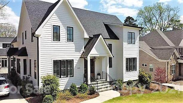 3221 Pinehurst Place, Charlotte, NC 28209 (#3726057) :: BluAxis Realty