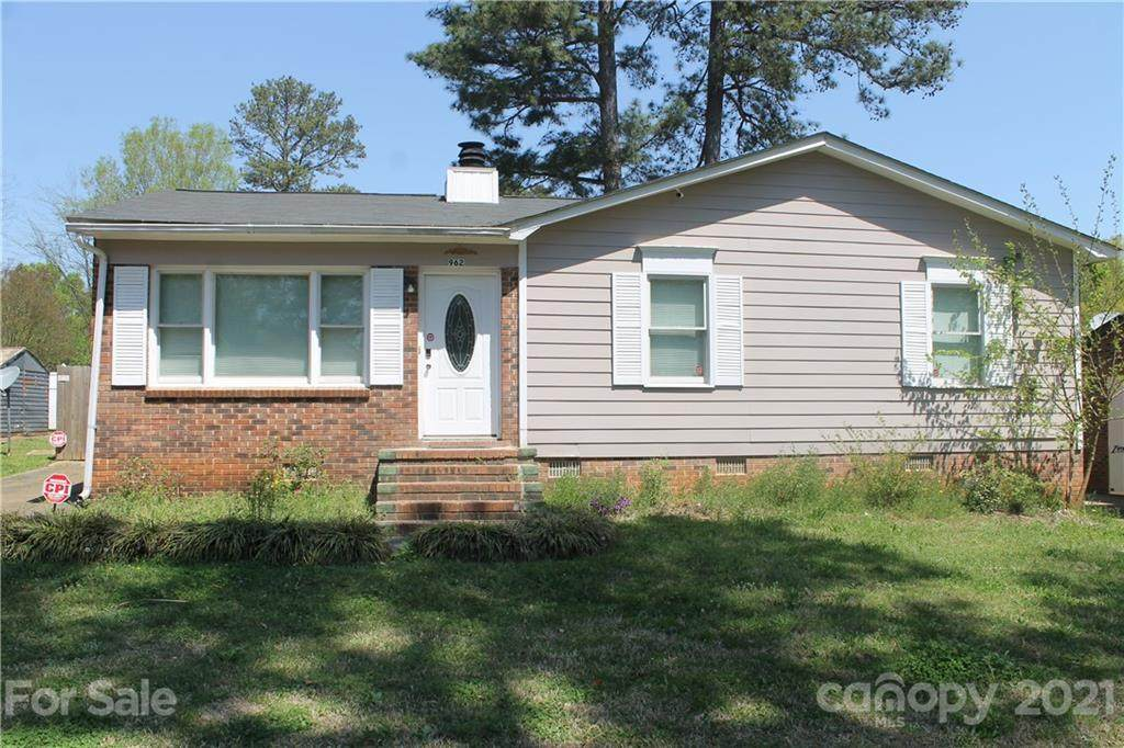 962 Finley Road - Photo 1