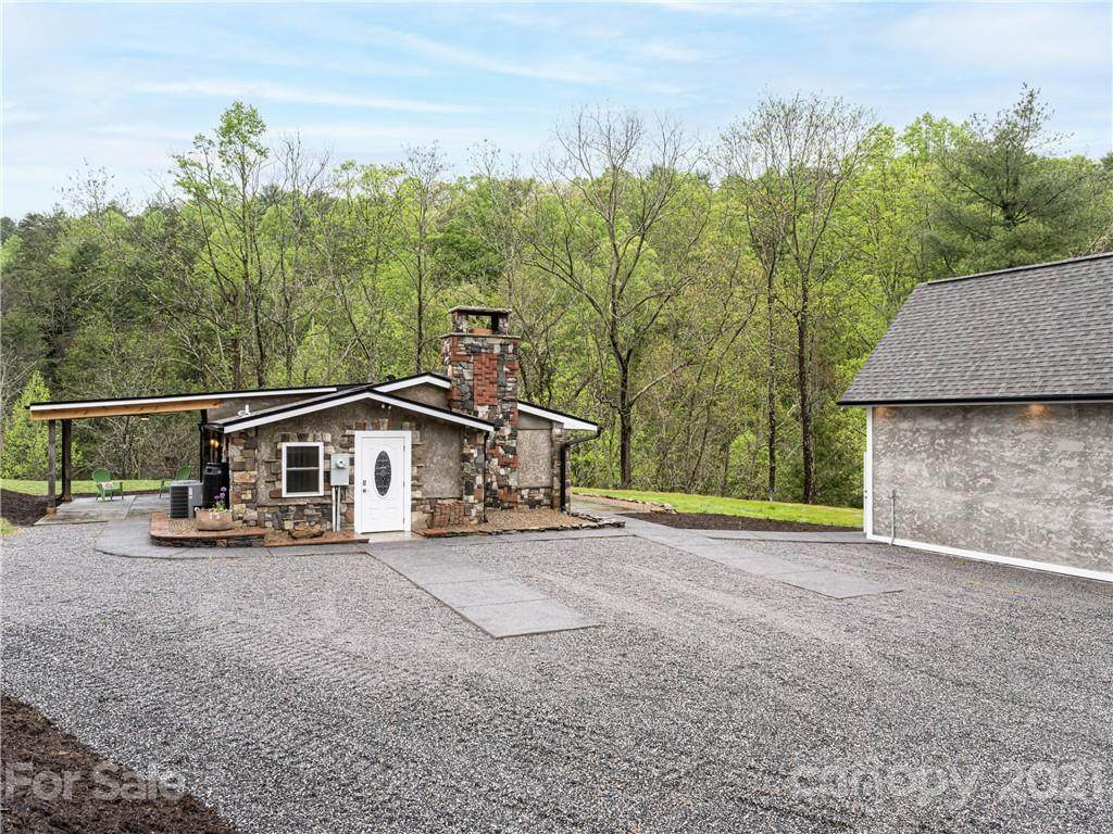 105 Griffin Branch Road - Photo 1