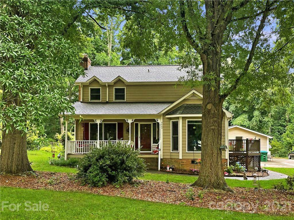 5400 Country Woods Drive - Photo 1