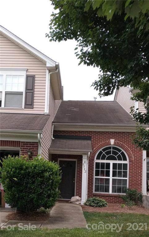 8582 Carolina Lily Lane, Charlotte, NC 28262 (#3755592) :: MartinGroup Properties
