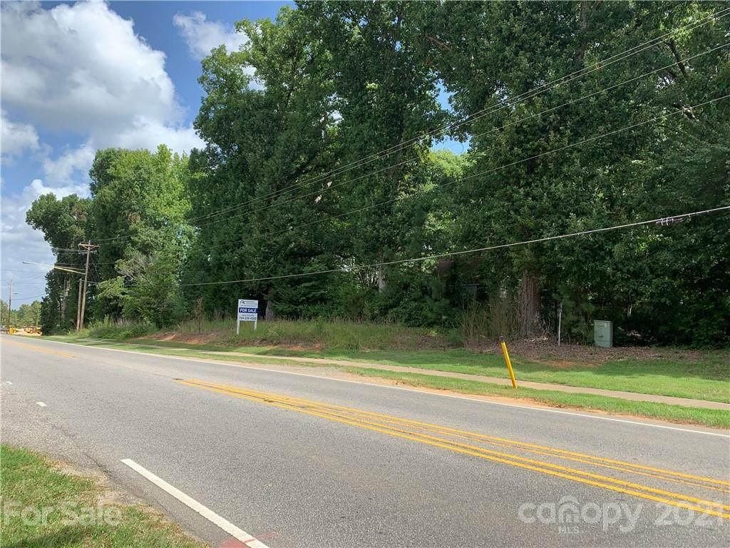 3807 Providence Road - Photo 1