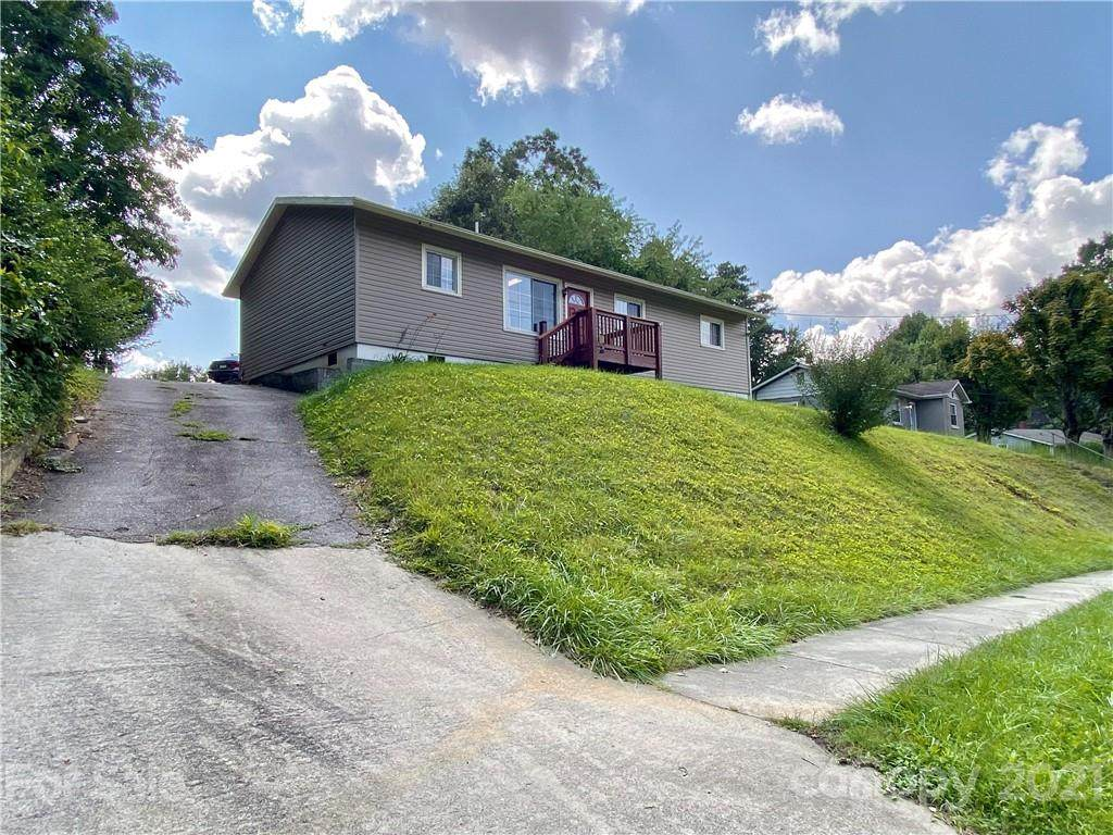 382 Sand Hill Road - Photo 1