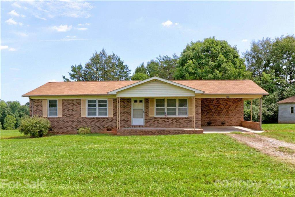 3240 Chipley Ford Road - Photo 1