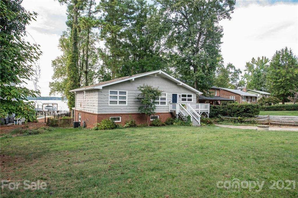 21101 Island Forest Drive - Photo 1