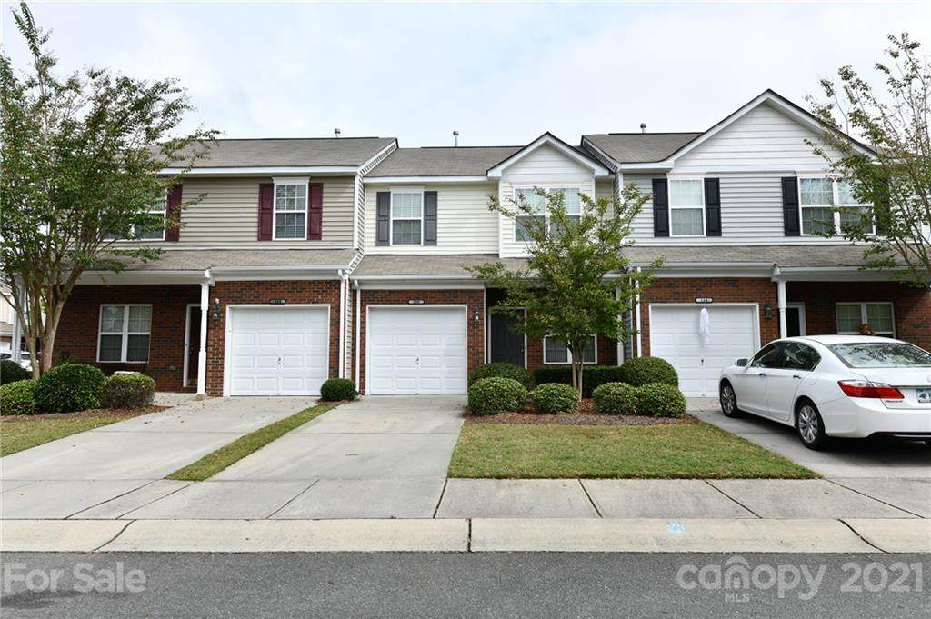 156 Clydesdale Court - Photo 1