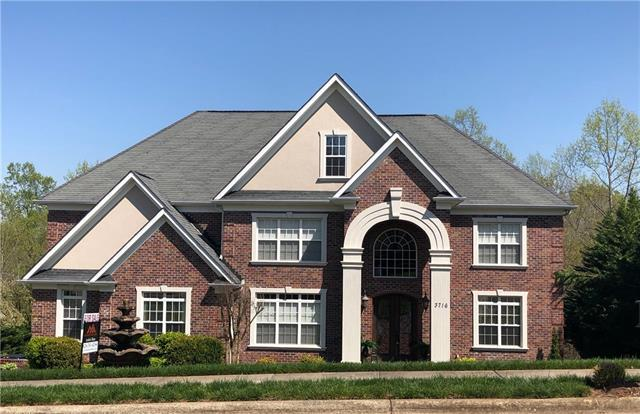 3716 8th St Place NW, Hickory, NC 28601 (#9597301) :: LePage Johnson Realty Group, LLC