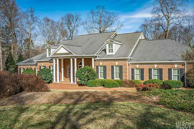 4042 4th St Lane NW, Hickory, NC 28601 (#9597677) :: Exit Mountain Realty