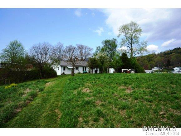 6208 Asheville Highway, Pisgah Forest, NC 28768 (#NCM560708) :: Homes Charlotte