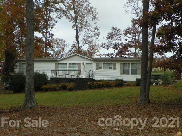 371 Lakeview Road - Photo 1