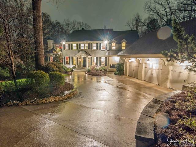 4842 Carmel Club Drive, Charlotte, NC 28226 (#3302088) :: LePage Johnson Realty Group, LLC