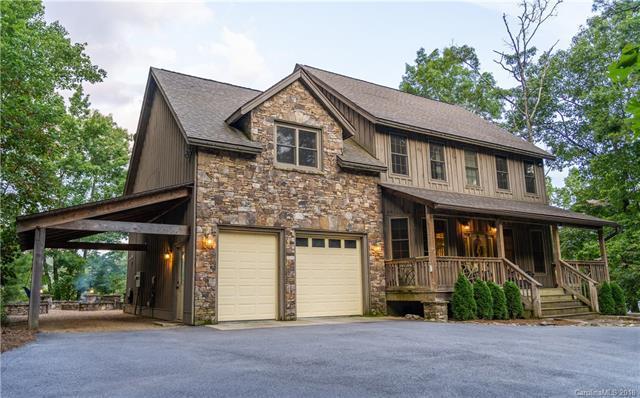 200 Hickory Hollow Road, Lake Toxaway, NC 28747 (#3315070) :: Rinehart Realty