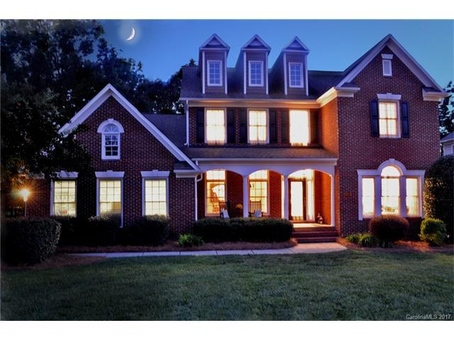 10124 Devonshire Drive, Huntersville, NC 28078 (#3320923) :: The Sarver Group