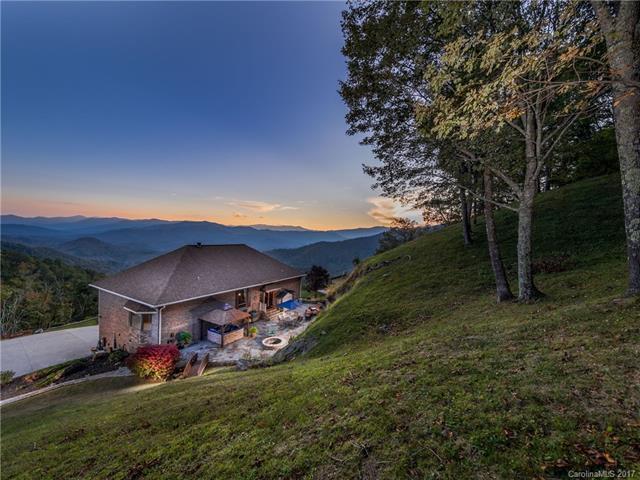 1445 Grandeur Heights, Clyde, NC 28721 (#3321474) :: Puffer Properties
