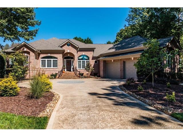 19202 Peninsula Shores Drive, Cornelius, NC 28031 (#3327221) :: Pridemore Properties