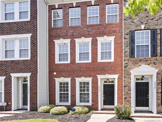 9938 Kings Parade Boulevard, Charlotte, NC 28273 (#3339523) :: Miller Realty Group