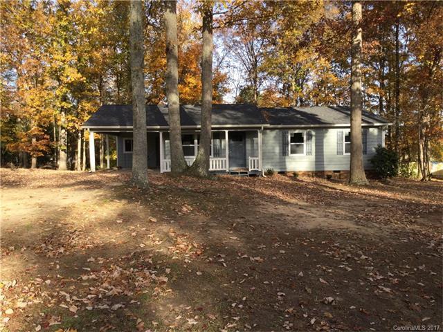 1643 Maple Lane, Lincolnton, NC 28092 (#3339832) :: Exit Mountain Realty