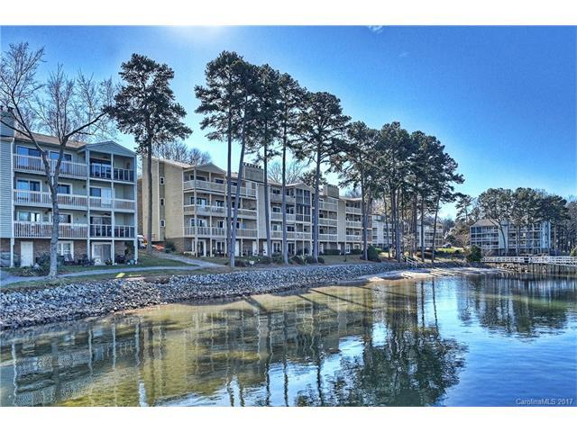20407 Harborgate Court #407, Cornelius, NC 28031 (#3342444) :: RE/MAX Four Seasons Realty