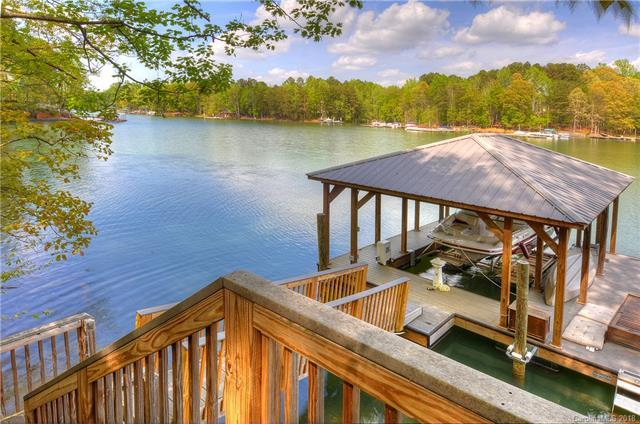 2724 Highworth Lane, Charlotte, NC 28214 (#3349423) :: Exit Mountain Realty