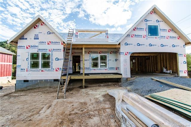 165 Mcdowell Road #1, Mills River, NC 28759 (#3349496) :: Puffer Properties