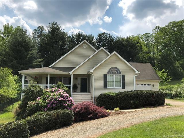 586 Woodlawn Circle, Clyde, NC 28721 (#3351306) :: Exit Mountain Realty