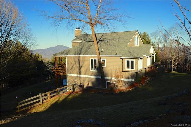 143 Strickland Drive, Waynesville, NC 28785 (#3354317) :: Exit Mountain Realty