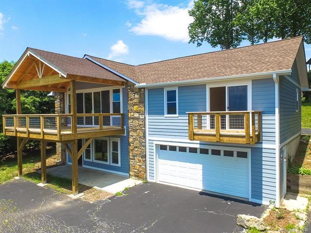 4351 Laurel Park Highway, Hendersonville, NC 28739 (#3357193) :: Puffer Properties