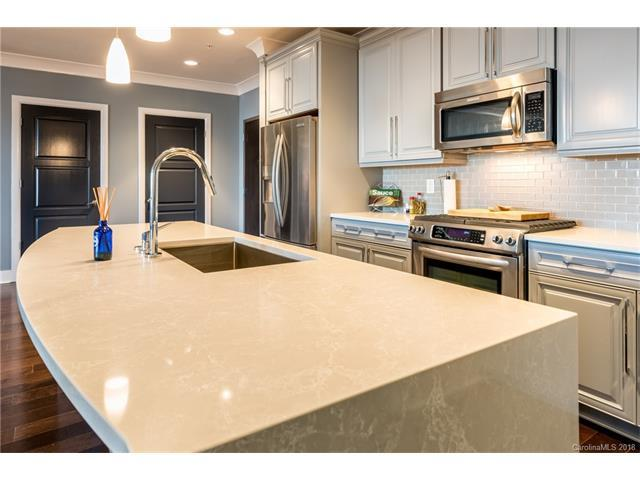 222 S Caldwell Street #1912, Charlotte, NC 28202 (#3359484) :: Miller Realty Group