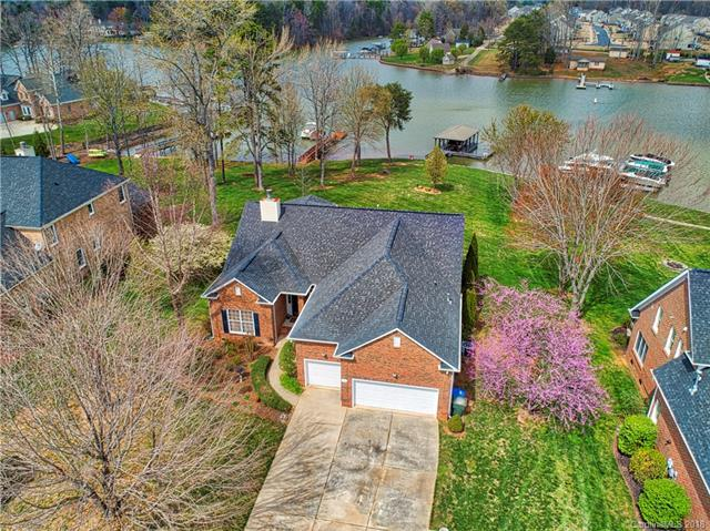 161 Castles Gate Drive, Mooresville, NC 28117 (#3360780) :: The Temple Team