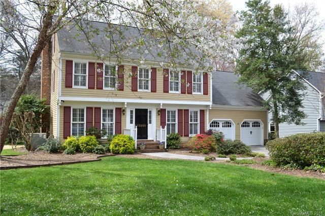 10200 Hanover Hollow Drive, Charlotte, NC 28210 (#3362087) :: LePage Johnson Realty Group, LLC