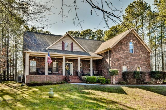 212 Indian Trail, Mooresville, NC 28117 (#3366008) :: Leigh Brown and Associates with RE/MAX Executive Realty