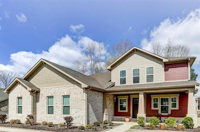 1006 Manorwyck Farms Drive, Waxhaw, NC 28173 (#3368598) :: Phoenix Realty of the Carolinas, LLC