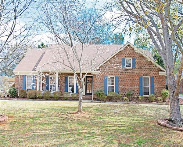 4744 Carberry Court, Charlotte, NC 28226 (#3369246) :: Exit Mountain Realty