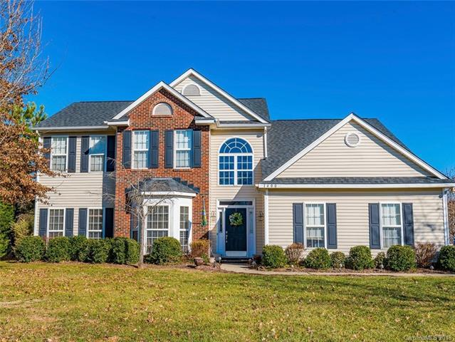 1400 Crestgate Drive, Waxhaw, NC 28173 (#3374513) :: Stephen Cooley Real Estate Group
