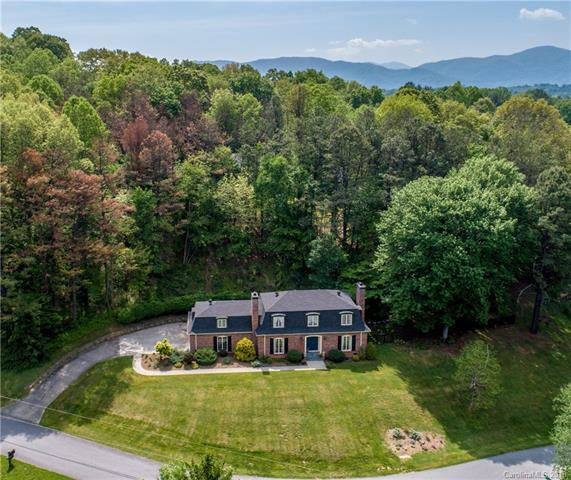 34 Forest Park Drive, Waynesville, NC 28785 (#3376679) :: The Ramsey Group