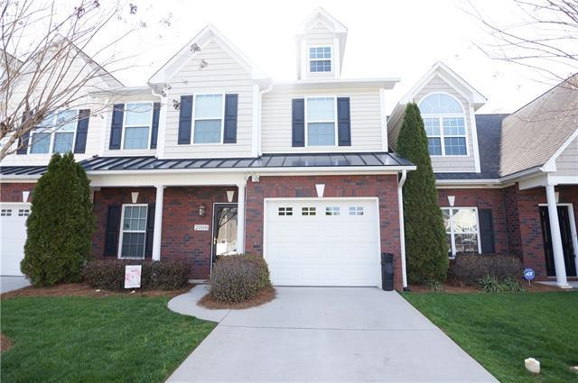 2008 Talbot Lane, Hickory, NC 28602 (#3376987) :: High Performance Real Estate Advisors