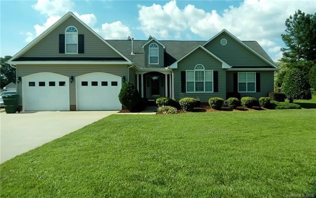 1011 Foxbrook Place, Salisbury, NC 28147 (#3377095) :: The Premier Team at RE/MAX Executive Realty