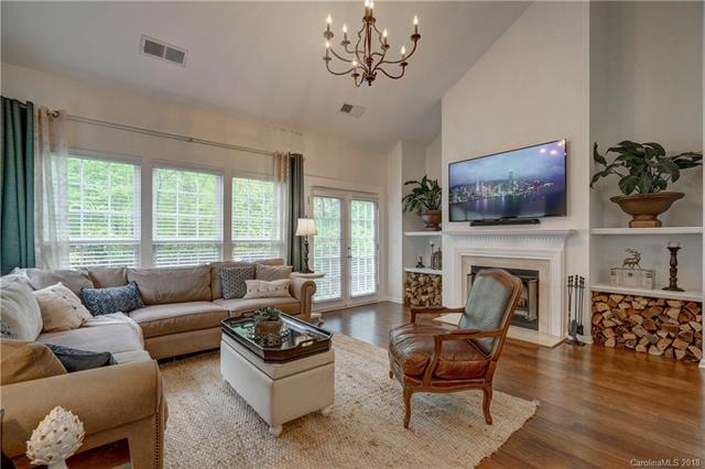 537 Delburg Street #29, Davidson, NC 28036 (#3377820) :: Robert Greene Real Estate, Inc.
