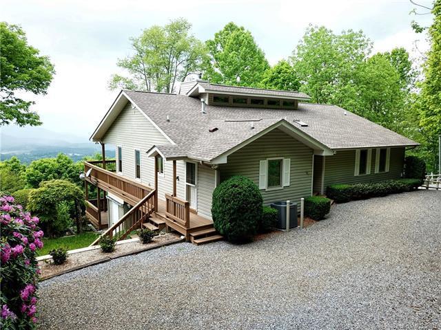 204 Windaleir Lane, Waynesville, NC 28786 (#3379638) :: Robert Greene Real Estate, Inc.