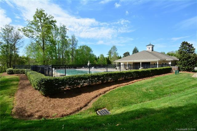 8602 Westmoreland Lake Drive, Cornelius, NC 28031 (#3381516) :: Exit Mountain Realty