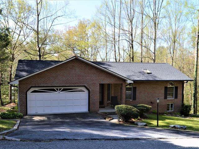 19 Loggers Run, Hendersonville, NC 28739 (#3381787) :: Puffer Properties