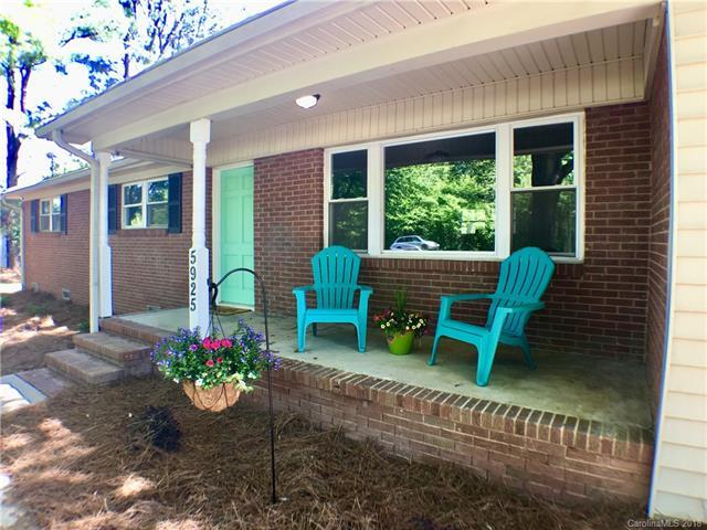 5925 Roberta Road, Harrisburg, NC 28075 (#3383165) :: Cloninger Properties
