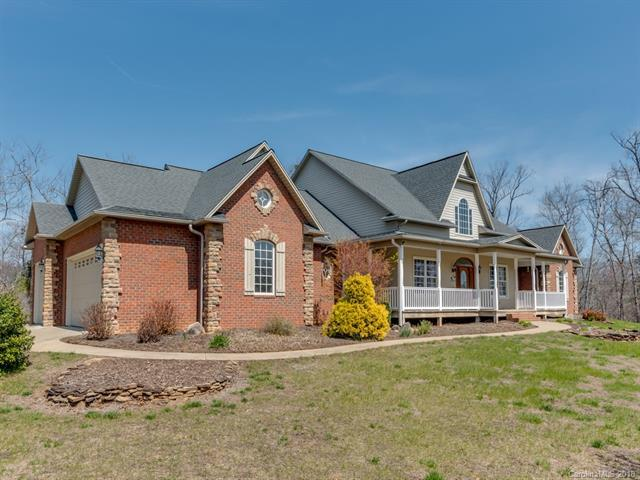 530 Mcowenben Pass, Lake Lure, NC 28746 (#3384036) :: Puffer Properties