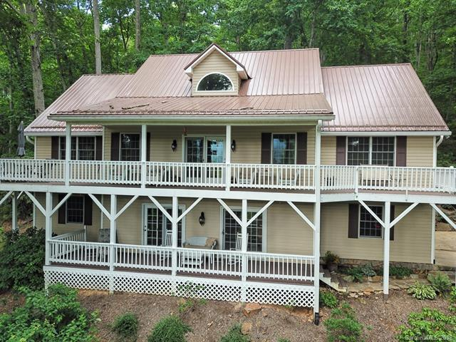 233 Rocky Face Drive, Canton, NC 28716 (#3386748) :: MartinGroup Properties