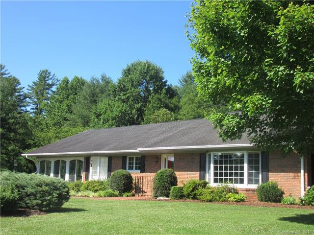 772 Fairgate Drive, Hendersonville, NC 28739 (#3389057) :: Stephen Cooley Real Estate Group