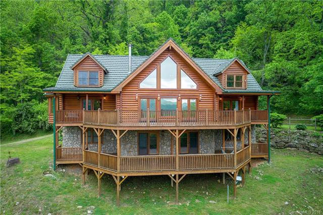 334 Abbeys Cove Road, Waynesville, NC 28785 (#3393436) :: Century 21 First Choice